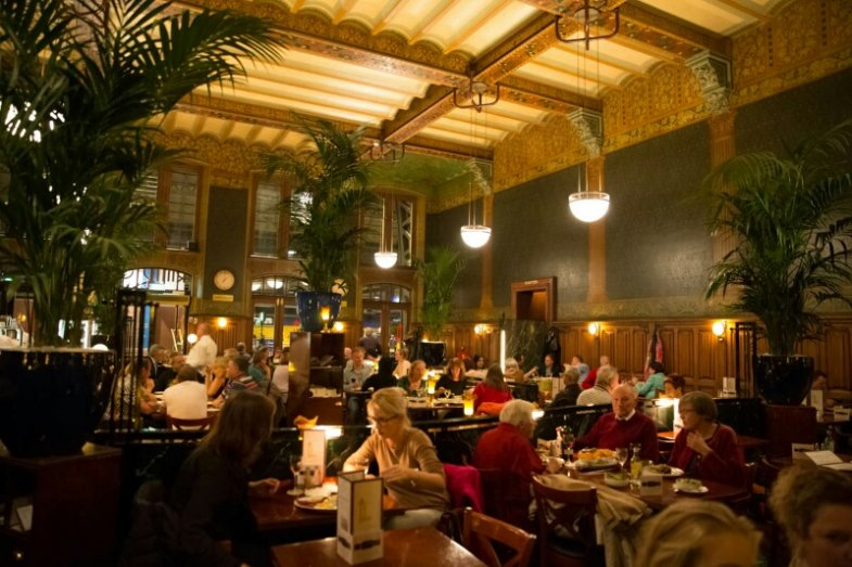 Amsterdam Centraal, Grand Cafe Restaurant 1e Klas foto ©: Grand Cafe Restaurant 1e Klas
